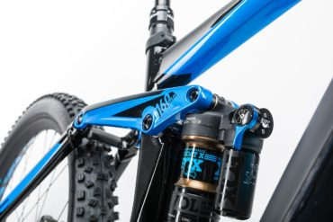 STEREO HYBRID 160 HPA Action Team 500 27.5