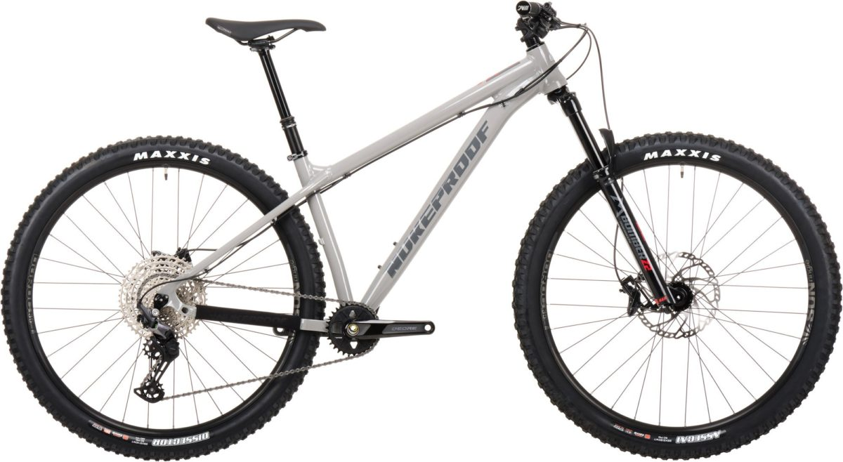Nukeproof-Scout-290-Comp-Bike-Grey-Deore12-01_2667x2000